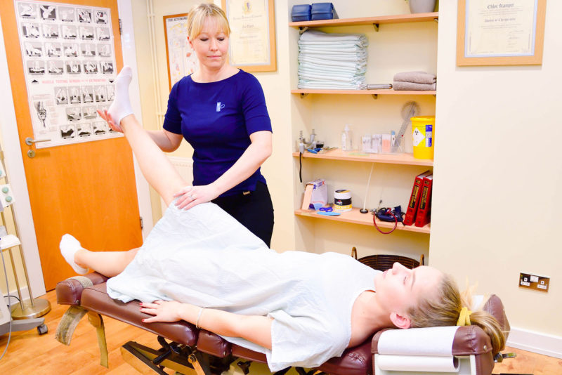 Chiropractor in Fairwater Cardiff, treating hip and knee pain